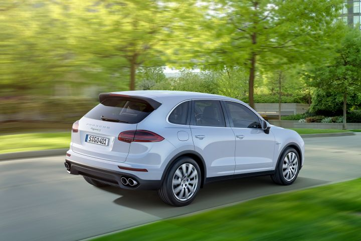 PORSCHE CAYENNE ESTATE SPECIAL EDITIONS Platinum Edition
