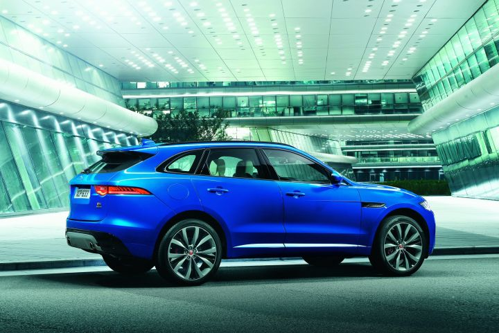 JAGUAR F-PACE DIESEL ESTATE 2.0d