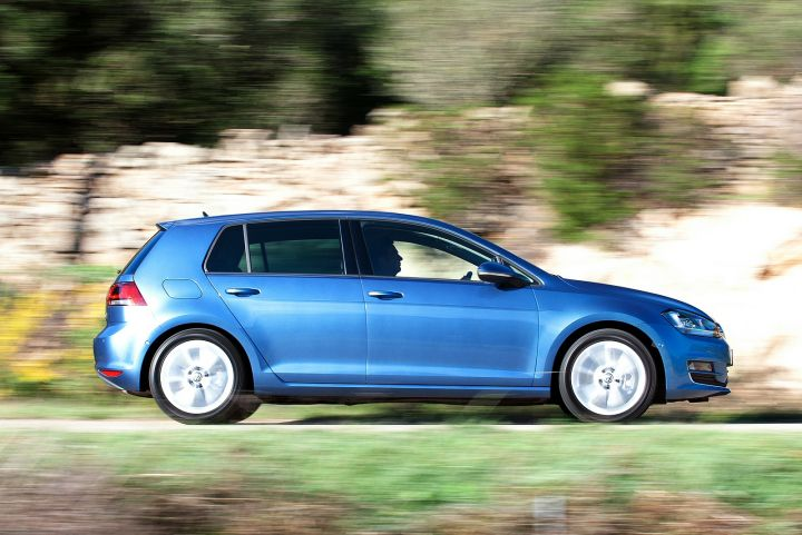 VOLKSWAGEN GOLF DIESEL HATCHBACK 1.6 TDI 110 BlueMotion
