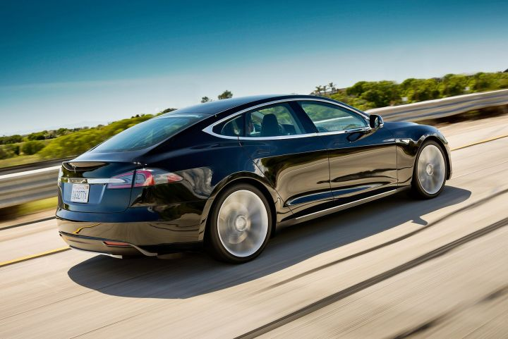 TESLA MODEL S HATCHBACK 60kWh