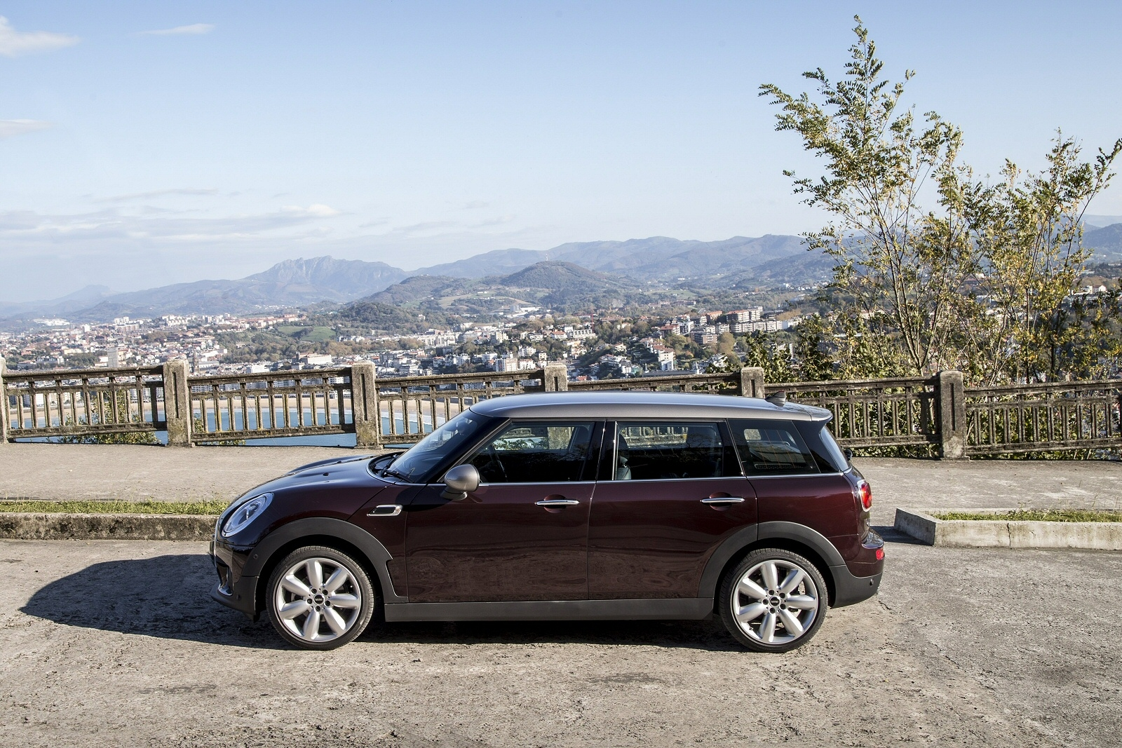 Mini Clubman Diesel Estate 20 Cooper D 6dr Jcw Chilimedia Pack Xl
