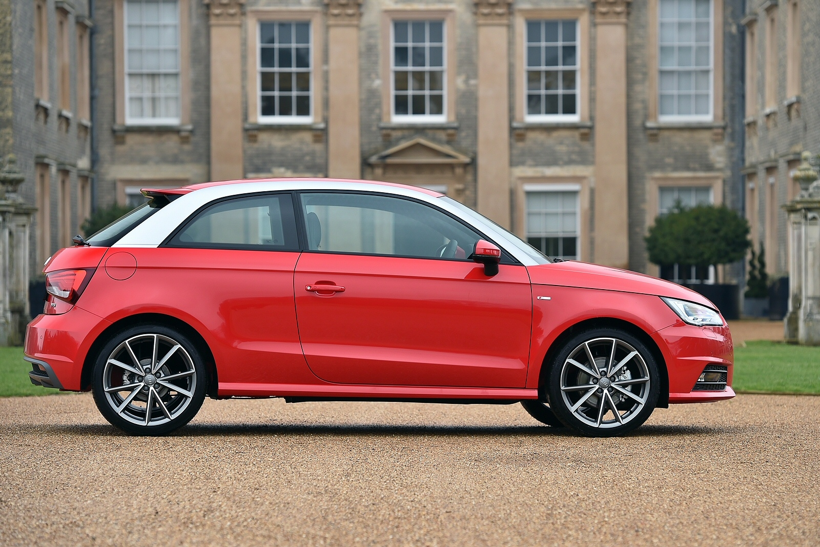audi a1 hatchback 1 4 tfsi sport 3dr s tronic. Black Bedroom Furniture Sets. Home Design Ideas
